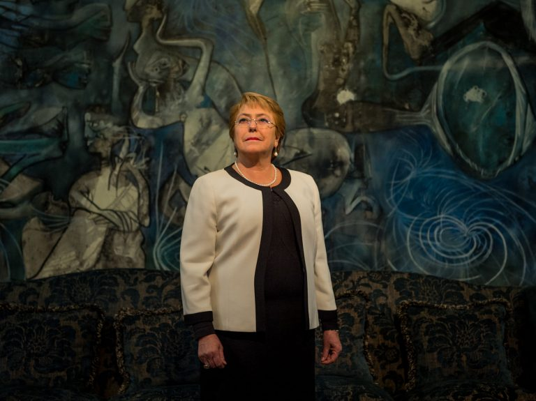 Michelle Bachelet posing for a photo