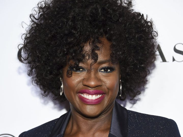 Viola Davis smiles for the camera