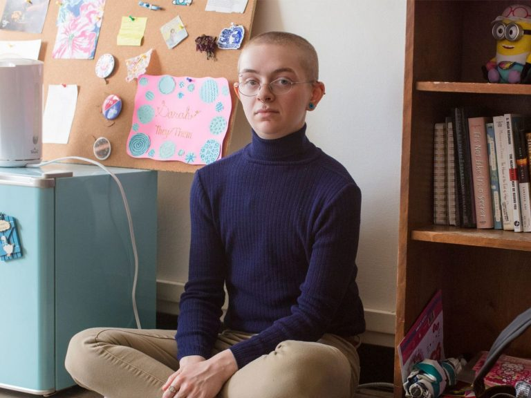 Sarah Cavar, a junior at Mount Holyoke, identifies as genderless.