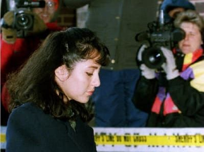 Lorena Bobbitt arrives at the Prince William County Courthouse in Virginia on Jan. 18, 1994, for the fifth day of her trial for malicious wounding.